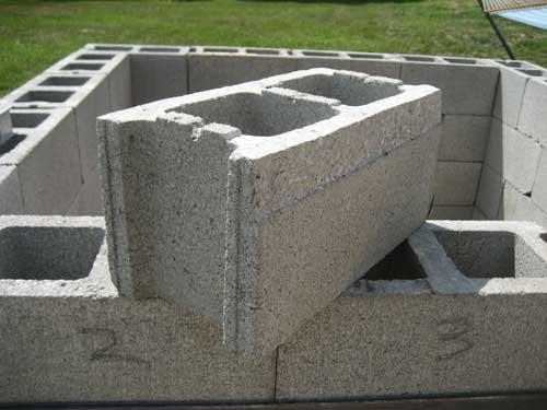 Блоки бетонные, стройка