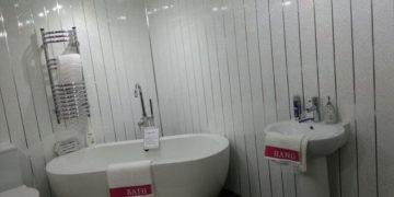 отделка ванной пластиком