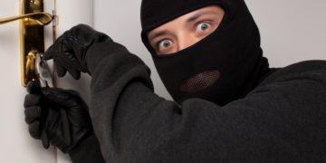 как-защитить-дом-от-воров